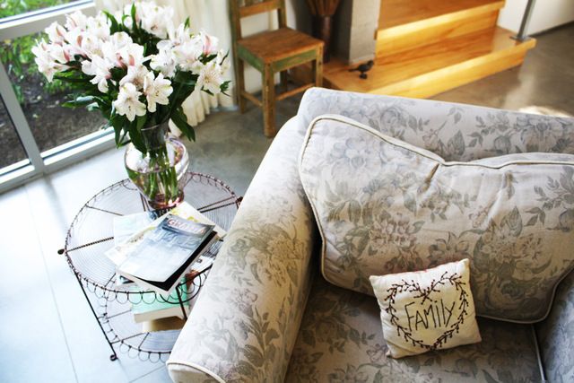 Living Room Home Decor for Everyday Comforts